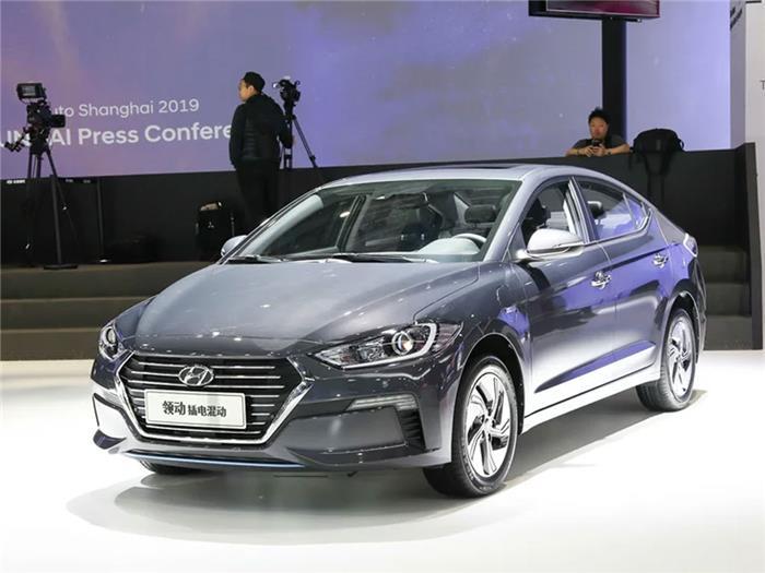 本周上市新车提前看:哪吒N01等6款车型