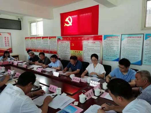 人事司负责同志陪同罗文副主任赴河北省灵寿县开展定点扶贫专题调研