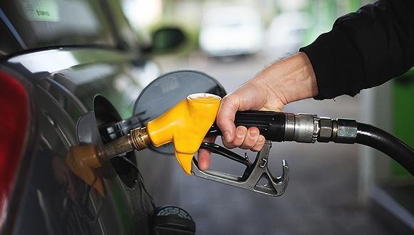 """国内成品油价下跌板上钉钉 下周二或将迎""""两连跌"""""""