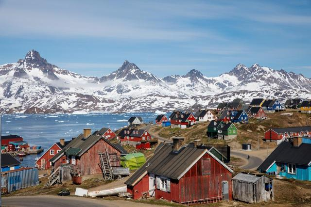 特朗普提议美国买下格陵兰岛 丹麦议员:他疯了吗