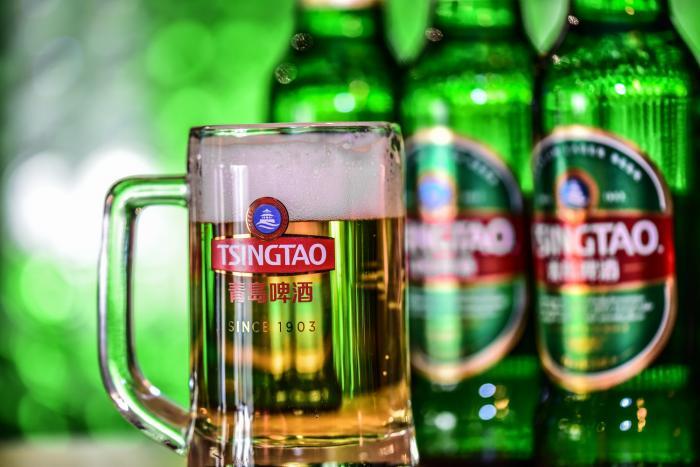 上半年净利增速翻倍 青岛啤酒吨酒利润猛追百威英博