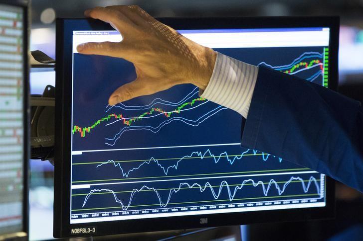 英伟达Q2每股收益及营收超出预期