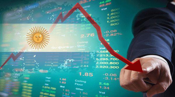 史诗级崩盘后国家评级又遭下调!阿根廷再次哭泣