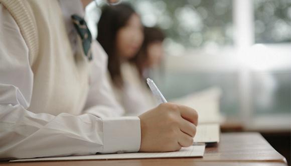 安徽8考生弃清华北大:广泛关注背后是名校情结更严重