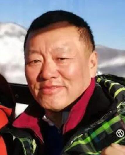 图为在美失踪的55岁中国男子。(图:《丹佛邮报》)