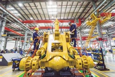 贸易战冲击全球供应链 中国以静制动