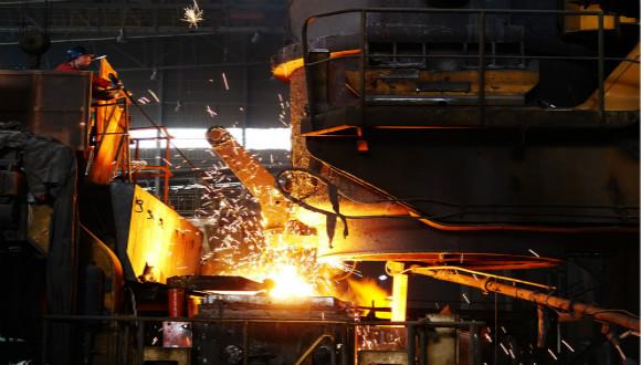西宁特钢半年净利增三倍 子公司获17亿增资用于还债
