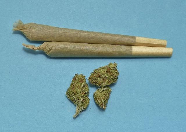 合法贩毒还能亏钱,加拿大一家大麻公司股价暴跌84%