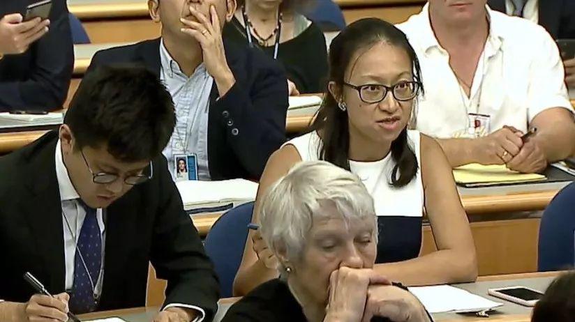中国记者质问美对台军售 美方发言人却不敢正面回应