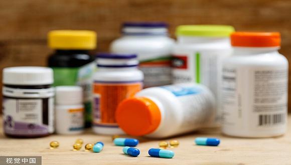 维生素价格走低 浙江医药与新和成盈利大幅缩水