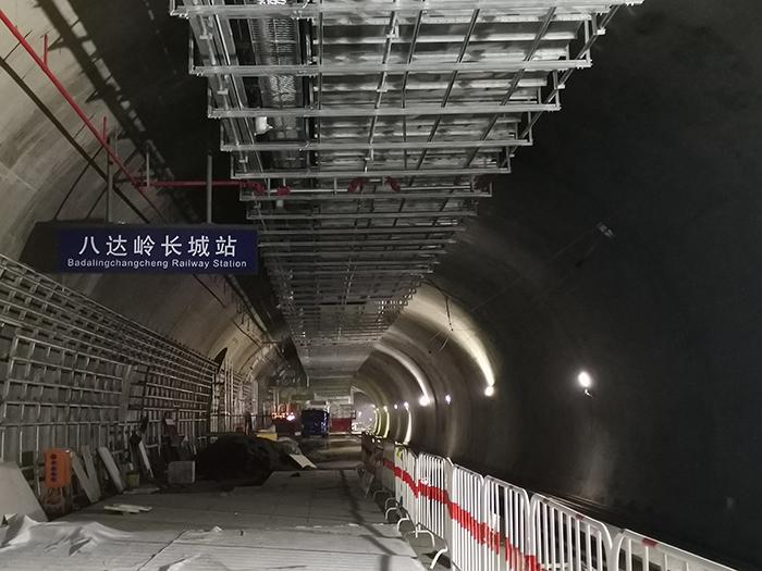 今年年底 北京北站坐高铁可直达八达岭长城