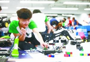 世界机器人大赛 巅峰对决今明上演