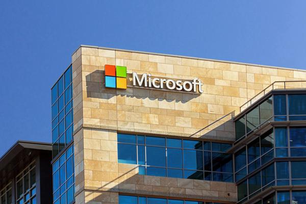 微软创造了一种为Windows可折叠设备呈现应用程序的智能方法
