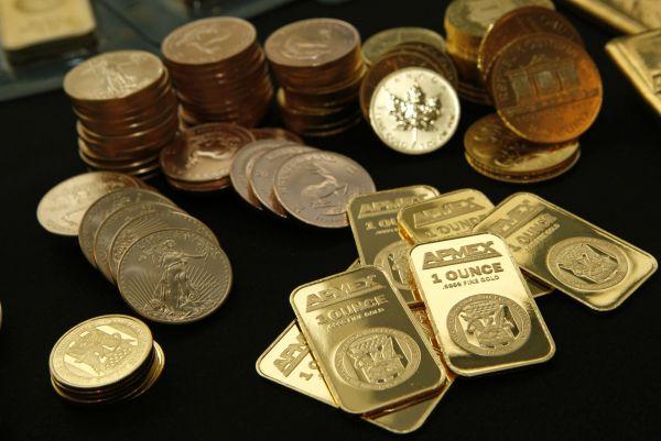 新兴市场央行大举买黄金 高盛:他们不想持有美元_淘网赚