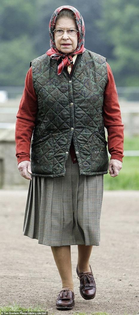 英国女王伊丽莎黑两世 材料图自《逐日邮报》