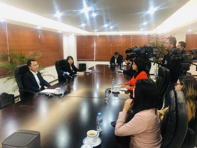 驻哥伦比亚使馆就香港近期局势举行媒体吹风会