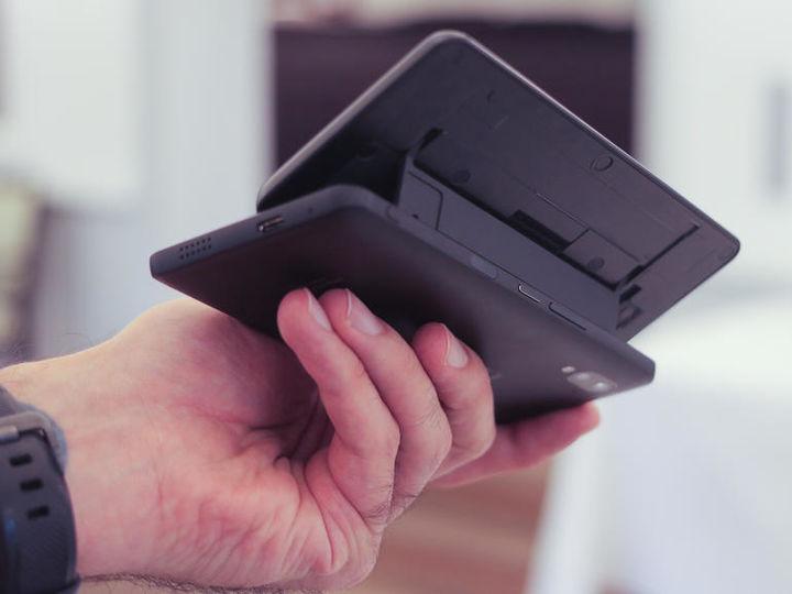 一款侧滑盖的全键盘Android手机,还能让你心动吗?