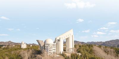 中国迷信院国度地理台兴盛观察站的郭守敬地理千里镜。 群众视觉