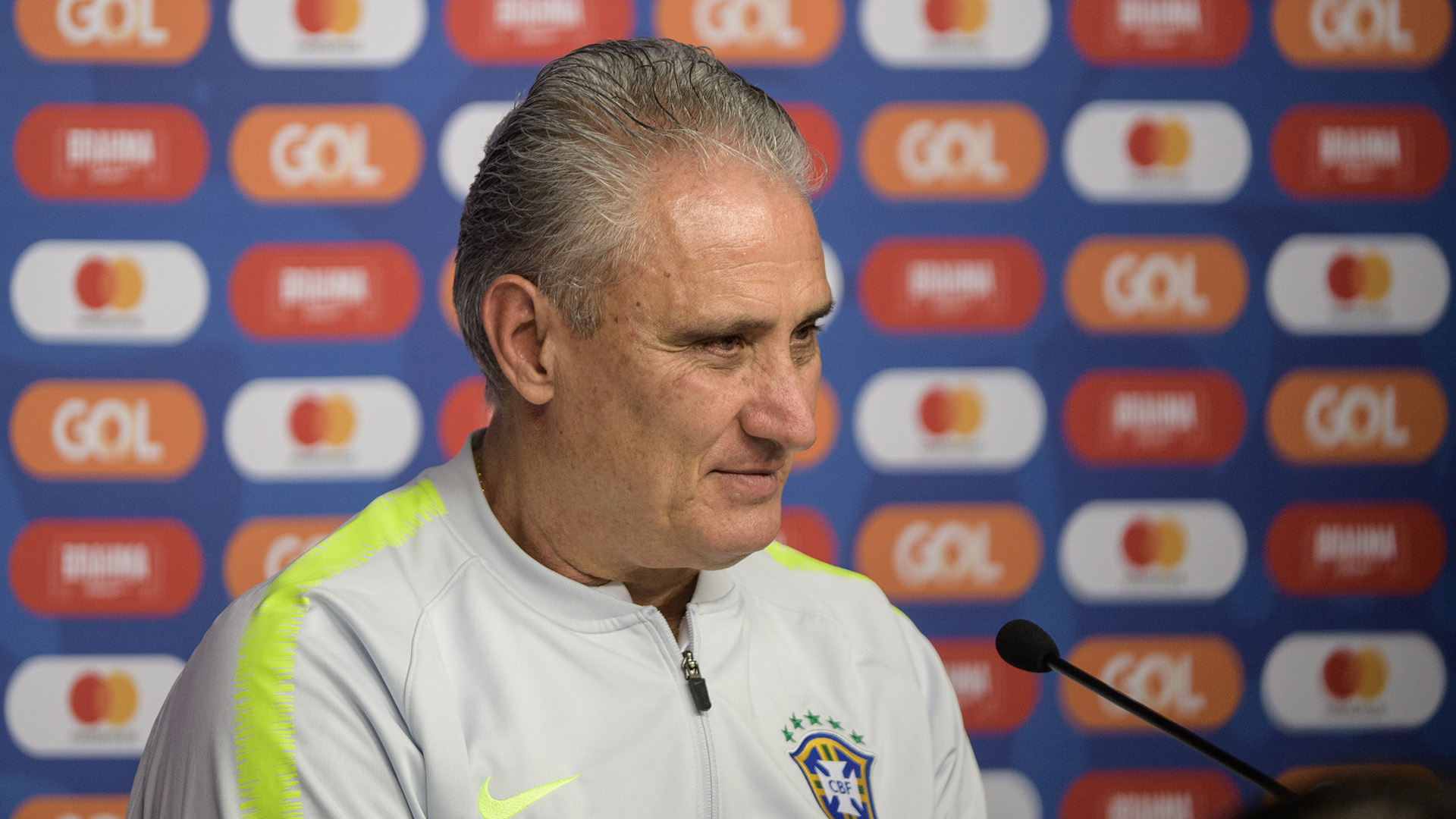 蒂特:巴西队要学会应对主力队员的缺阵