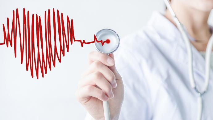 上海市政府常务会决定做优做强区级医院,开展三级公立医院绩效考核,提高医疗服务质量