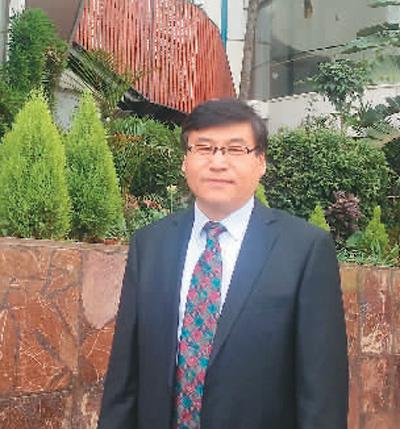 张永蓬在南非金山大学访学。受访者供图