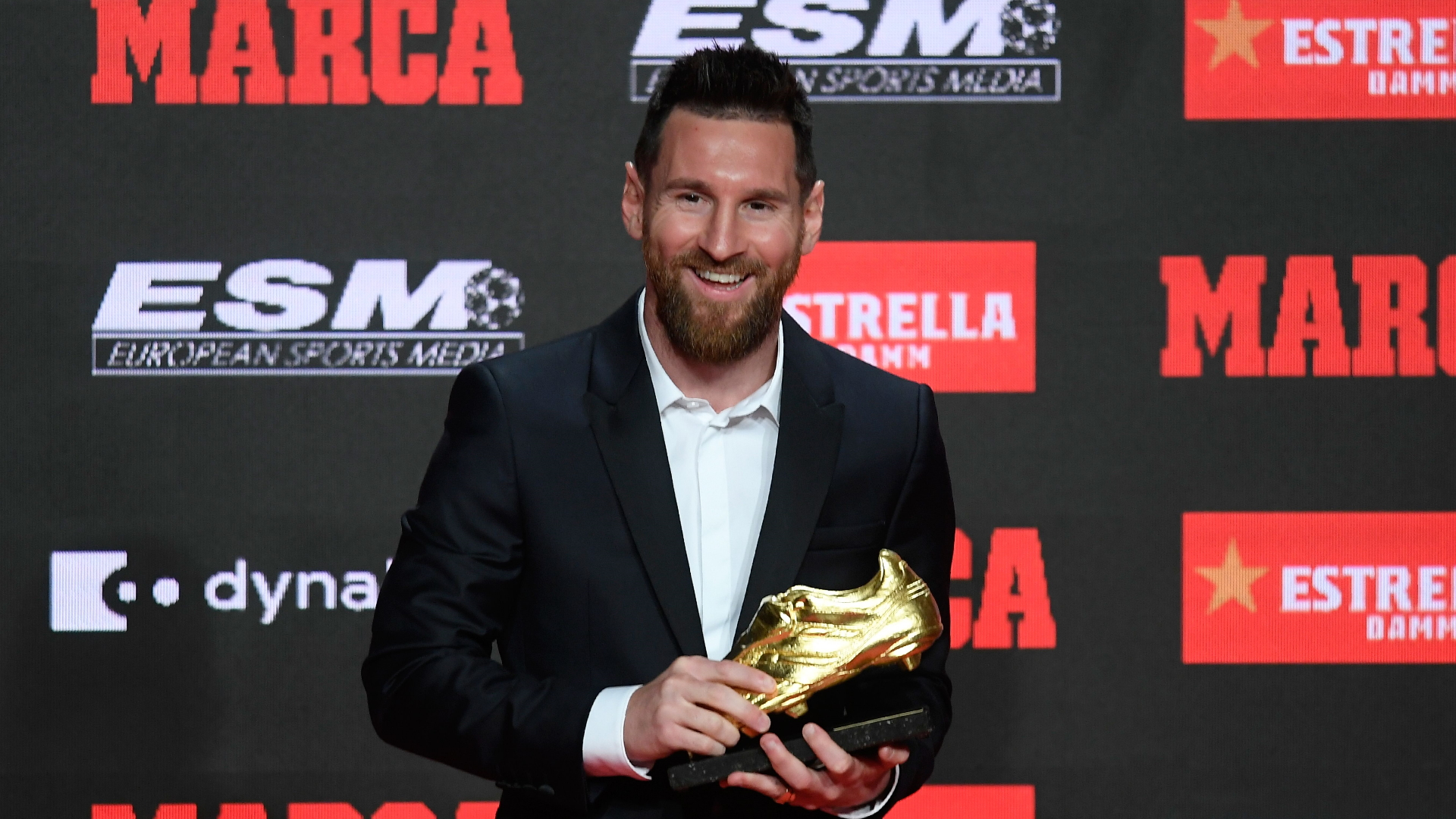 巴塞罗那球星梅西第六次荣获欧洲