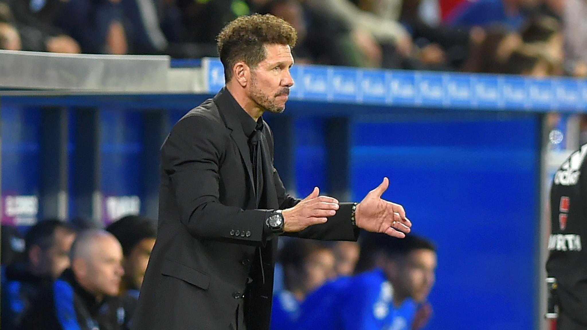 马竞不敌巴萨 西蒙尼为梅西的进球喝彩