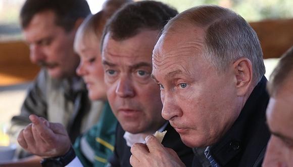 俄总统总理谈WADA禁赛:我们是有兴奋剂问题,但不该惩罚整个集体