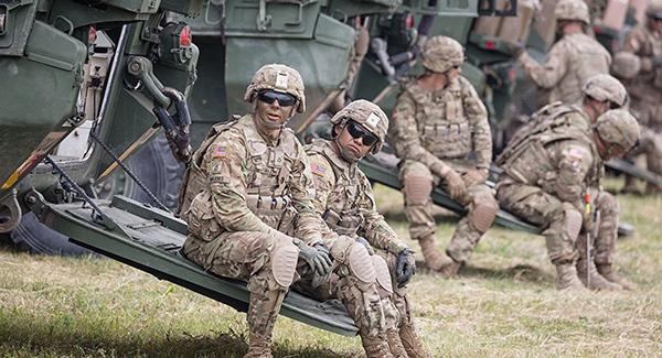 美拟向欧洲派遣2万名军人参加军