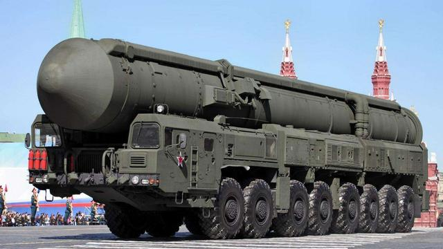 """俄军""""死手""""核反击系统曝光,无需指令自动攻击,美要求销毁被拒"""