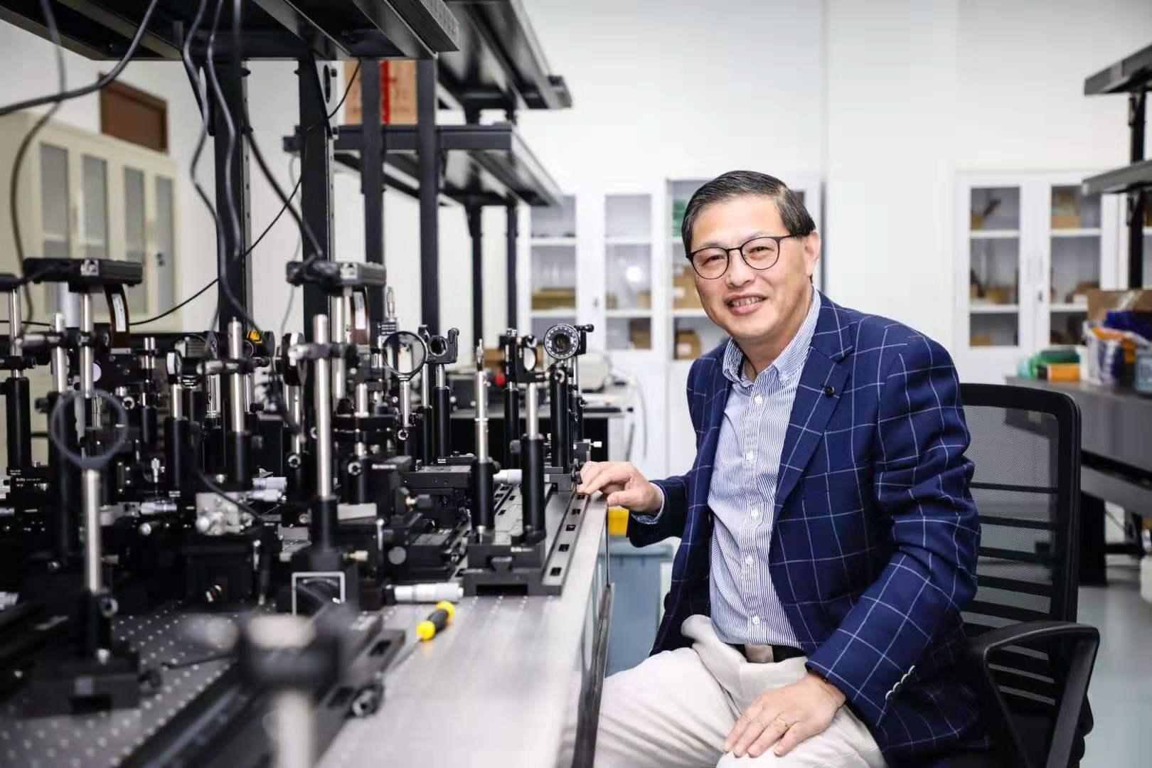 最新!上海理工大学顾敏院士团队研发世界上首个超宽带光学全息技术