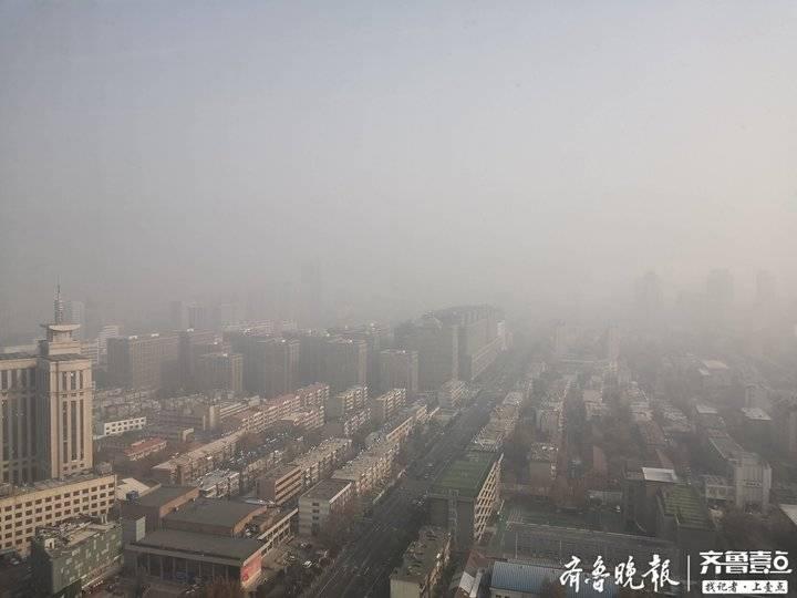 济南继续被大雾笼罩遥墙机场首个航班近邻中午才起飞