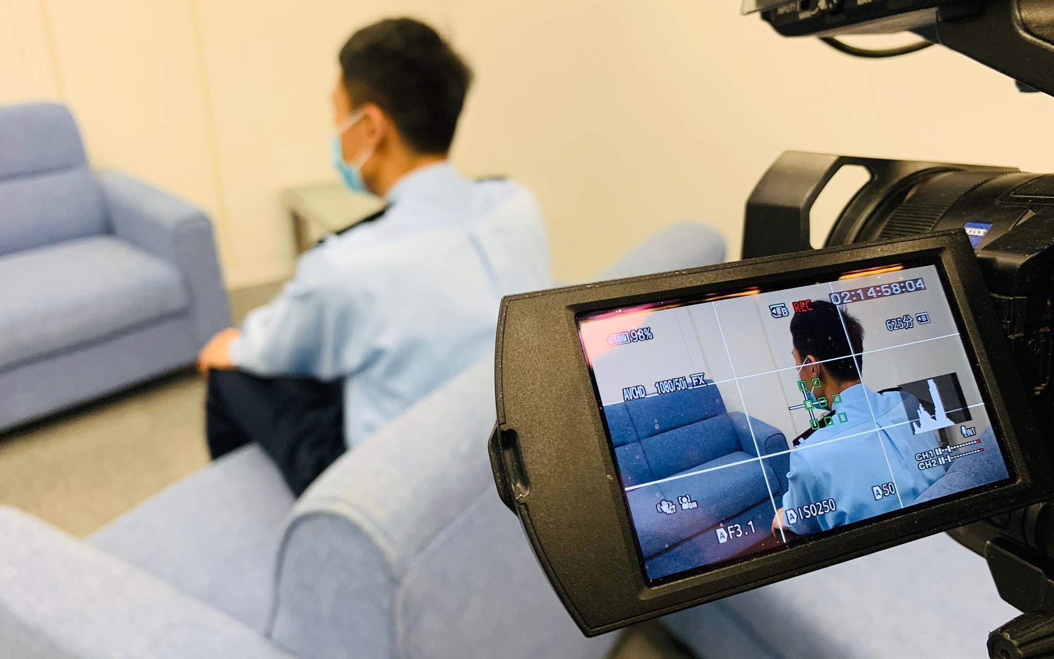 被割颈港警:希望香港恢复平静自己可以重回前线