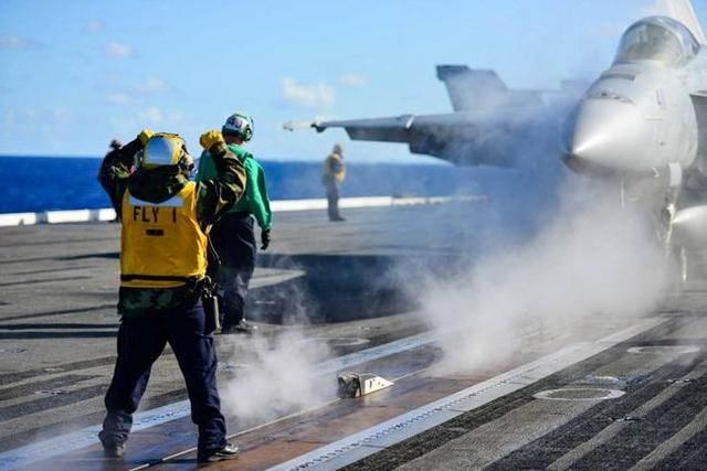 美海军扩张计划遭重创,最大问题曝光:多艘核航母趴窝全赖他