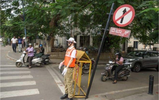 为遏制危险驾驶,印度部署交警模