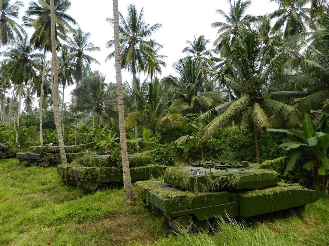 印尼隐身丛林豹登场 新伪装让坦克隐没在热带雨林中