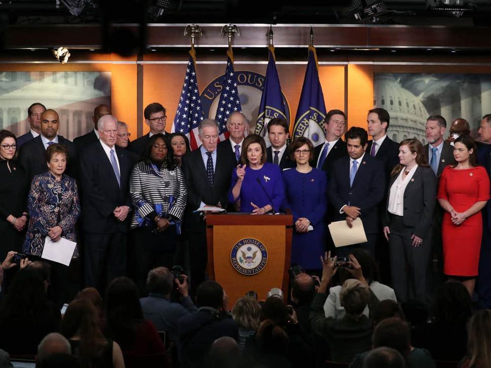 10日,佩洛西宣布与白宫达成协议  图源:Getty image