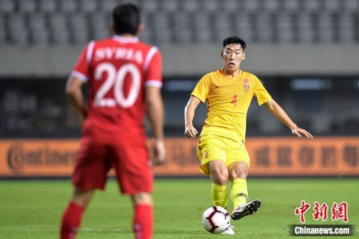 """中国足球再败叙利亚,我们凭什么赢不了""""战火足球"""""""