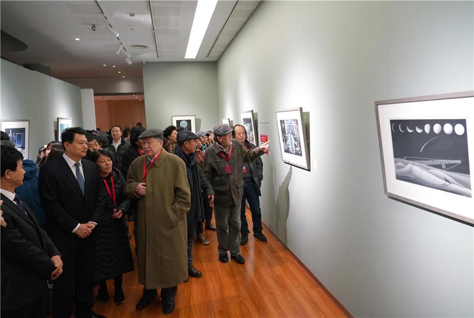铸刻时代印痕 中国大庆工业版画作品展在京举行