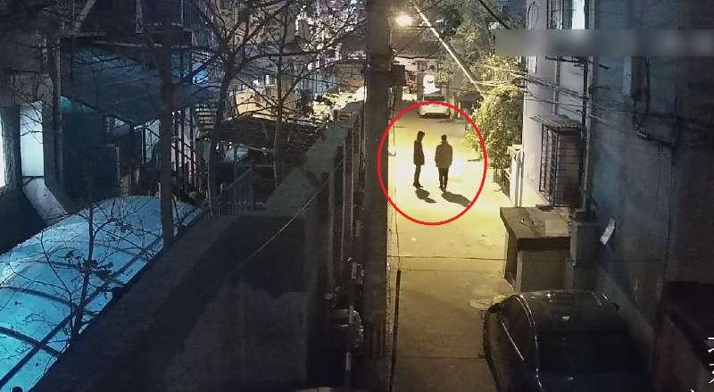 涉事两男子。警方供图