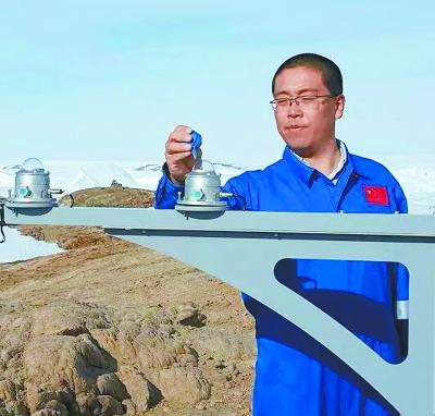 张金龙:在南极中山站的351天
