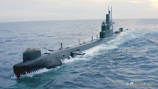 """曾2次""""击沉""""美航母!文明古国老潜艇再战大洋,剑指北约二哈"""