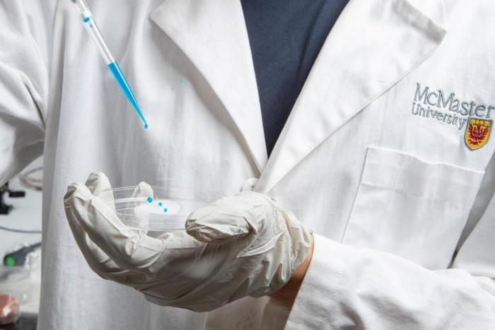 """科学家研发全新薄膜 可以摆脱对抗生素产生耐药性的""""超级细菌"""""""