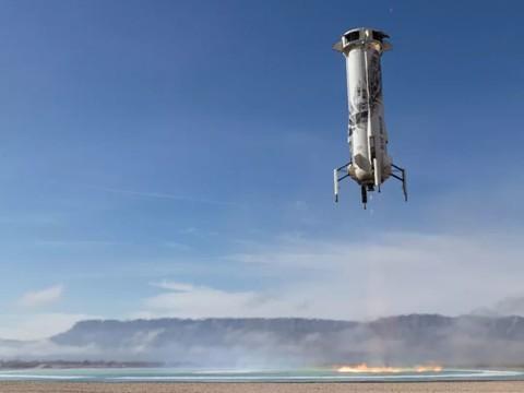 贝索斯新谢泼德号火箭VS马斯克猎鹰9号火箭:回收难度大比拼