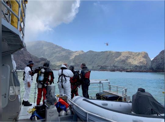 新西兰火山爆发遇难者上升到15人