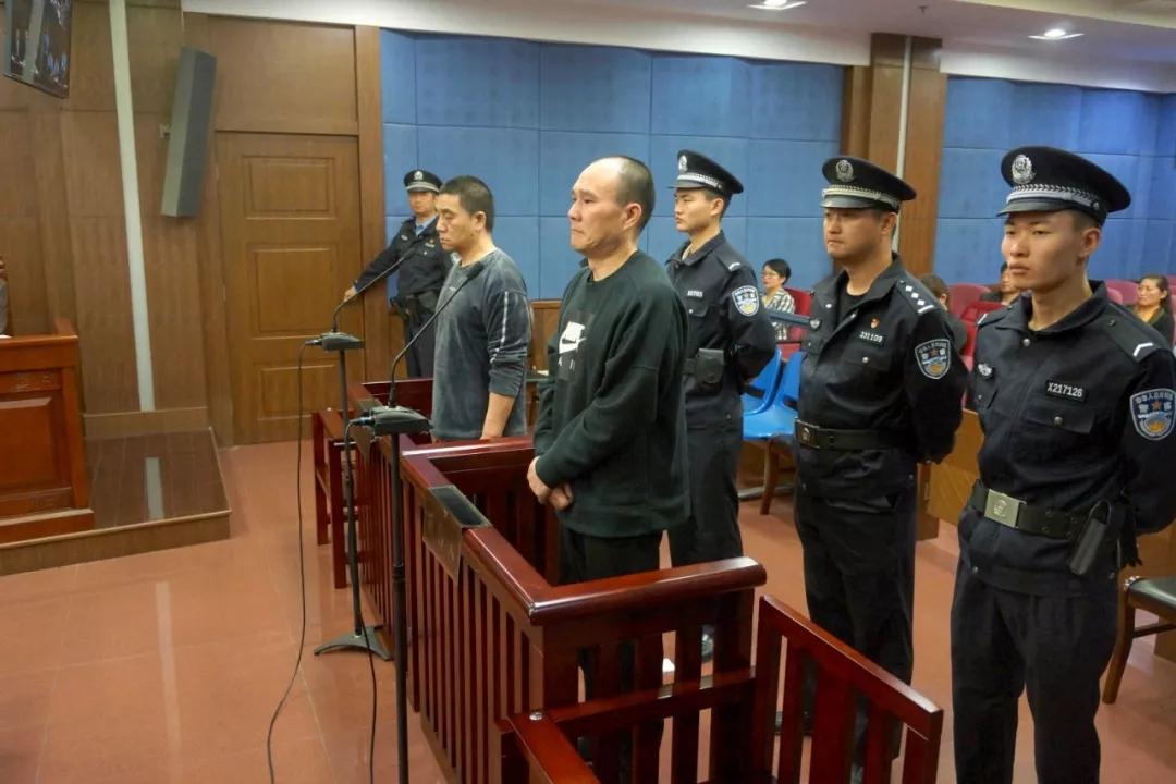 杭州滨江原副区长兰斌获刑11年半,其姐夫参与受贿亦获刑