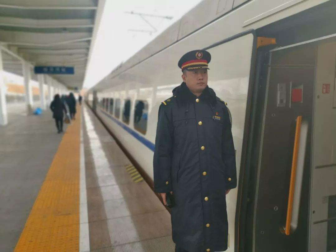 助力旅客出行|哈铁增加2万余席位,29对普速列车加挂车辆