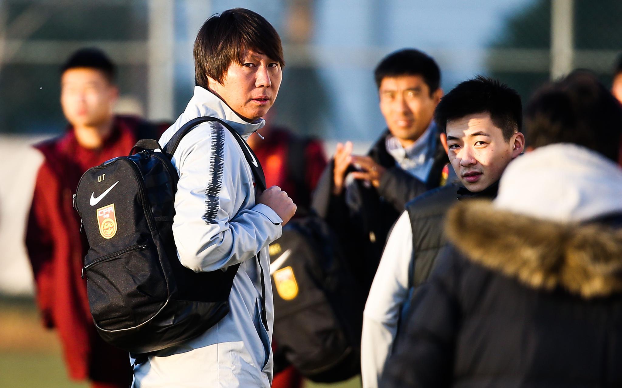 拔队正在武汉齐集后从11月初国足