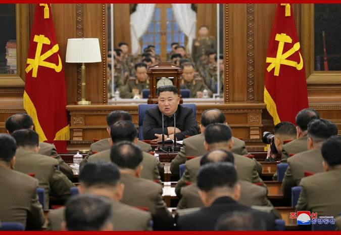 朝中社22日报道,朝鲜最高领导人金正恩日前出席并指导劳动党第七届中央军事委员会第三次扩大会议。