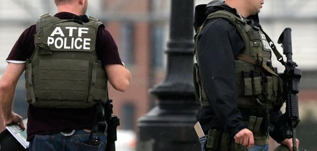 美国警察工资高不高?来看ATF探员的,新特工年薪3万,补贴福利多